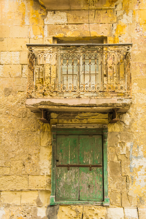 25x Windows and Doors on Malta: See the True Beauty of Valetta & Mdina by Walking Through the Streets! || The Travel Tester