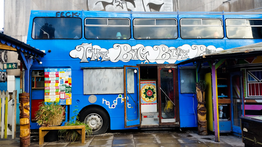 Art in Dublin, Ireland: Discover Unique Street Art, Statues and... Doors!    City Guide by The Travel Tester    #CityGuide #Ireland #Dublin #VisitIreland #VisitDublin #24HGuide #StreetArt