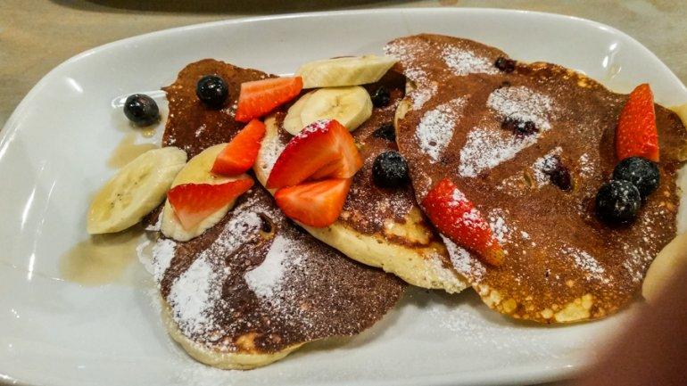 Festive Breakfast at Bill's in Glasgow, Scotland || The Travel Tester
