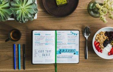 10 Creative Travel Bullet Journal Ideas in the Spotlight That You'll Love! || The Travel Tester || #Journal #BulletJournal #BUJO #Writing #Diary #Notebook #TravelDiary #Journaling