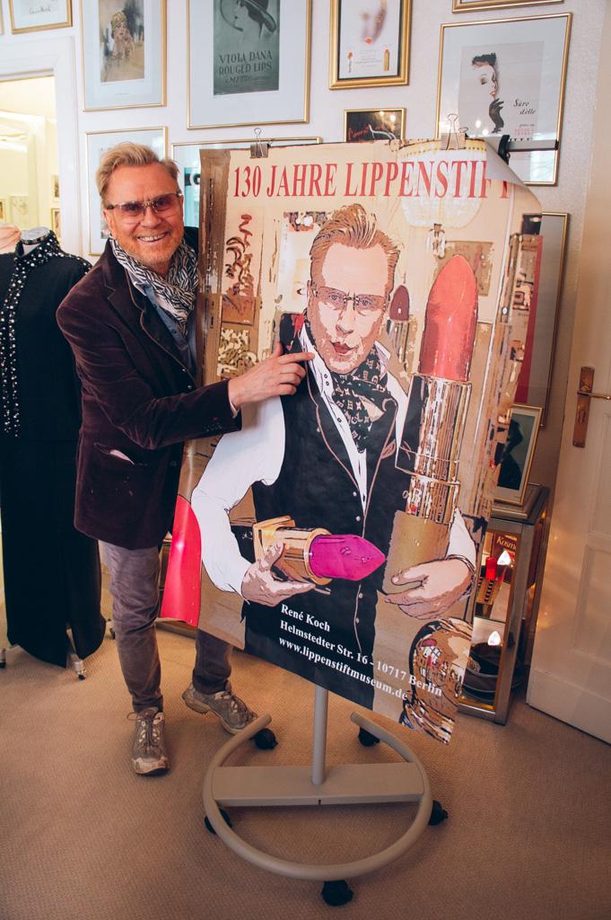René Koch in het Lippenstift Museum in Berlijn