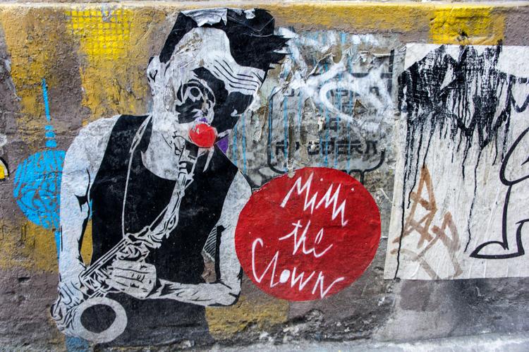 Streetart - Clown Sax