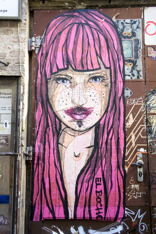 Street Art Berlin - Pink Haired Lady