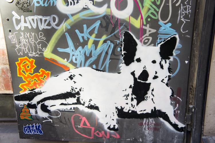 Streetart - Dog