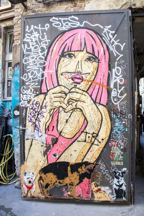 Street Art Berlin - Pink Lady