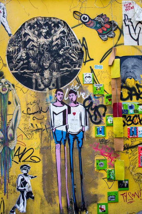 Streetart - Tall Figures